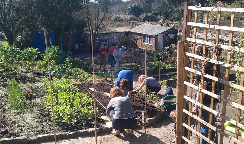 Community Gardening Sunday, March 2014 (credit Neil Cheshire)